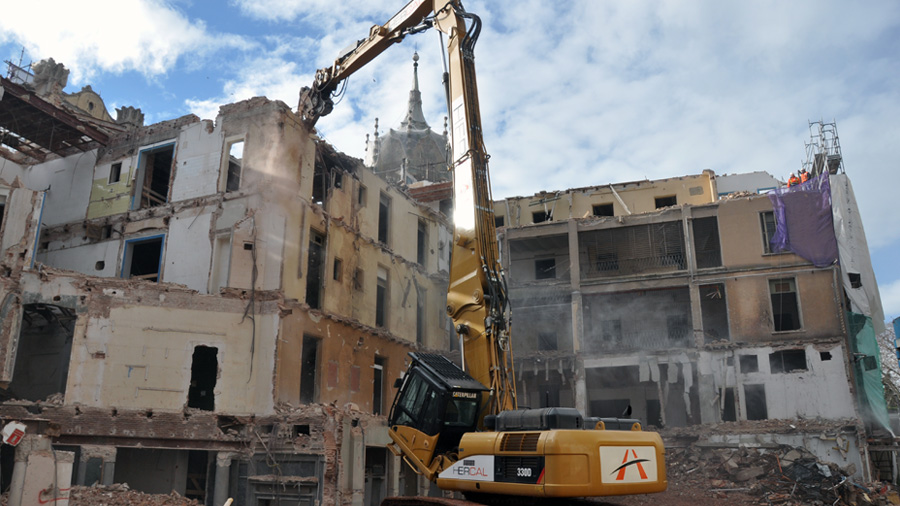 Derribo Para La Reforma Del Edificio La Rotonda