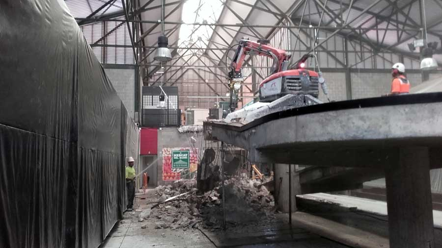 Demolició tècnica de rampa interior