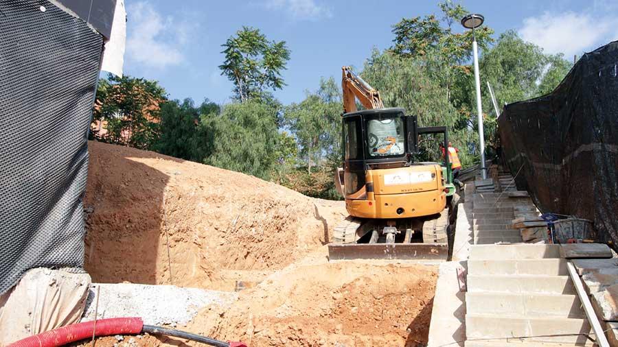 Hercal, Excavacions I Moviment De Terres A Barcelona