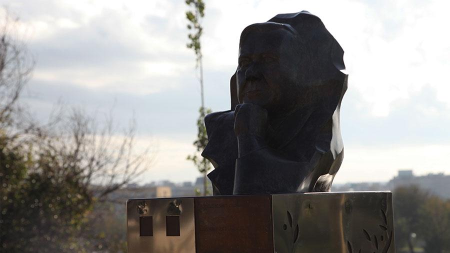 Escultura Lluis Hernández I Alcàsser, Alcalde De Santa Coloma Entre 1979 I 1991