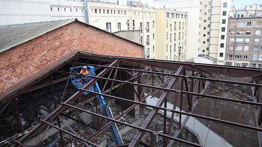 Enderroc De L'antic Teatre Novedades De Barcelona