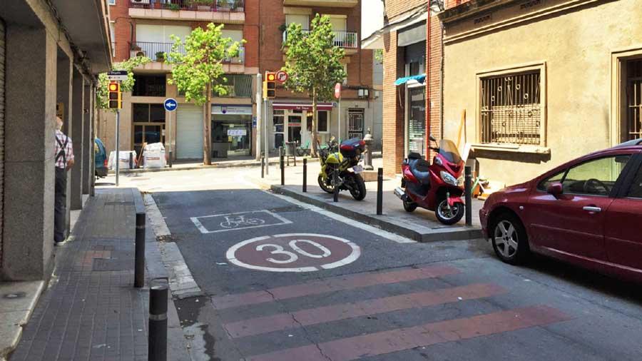 Remodelación De Las Calles Nou Pins Y Almansa, En Nou Barris