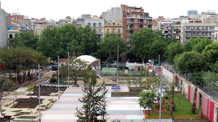 Proyectos Obra Civil: Acondicionamiento De La Plaza De Las Germanetes (Barcelona)