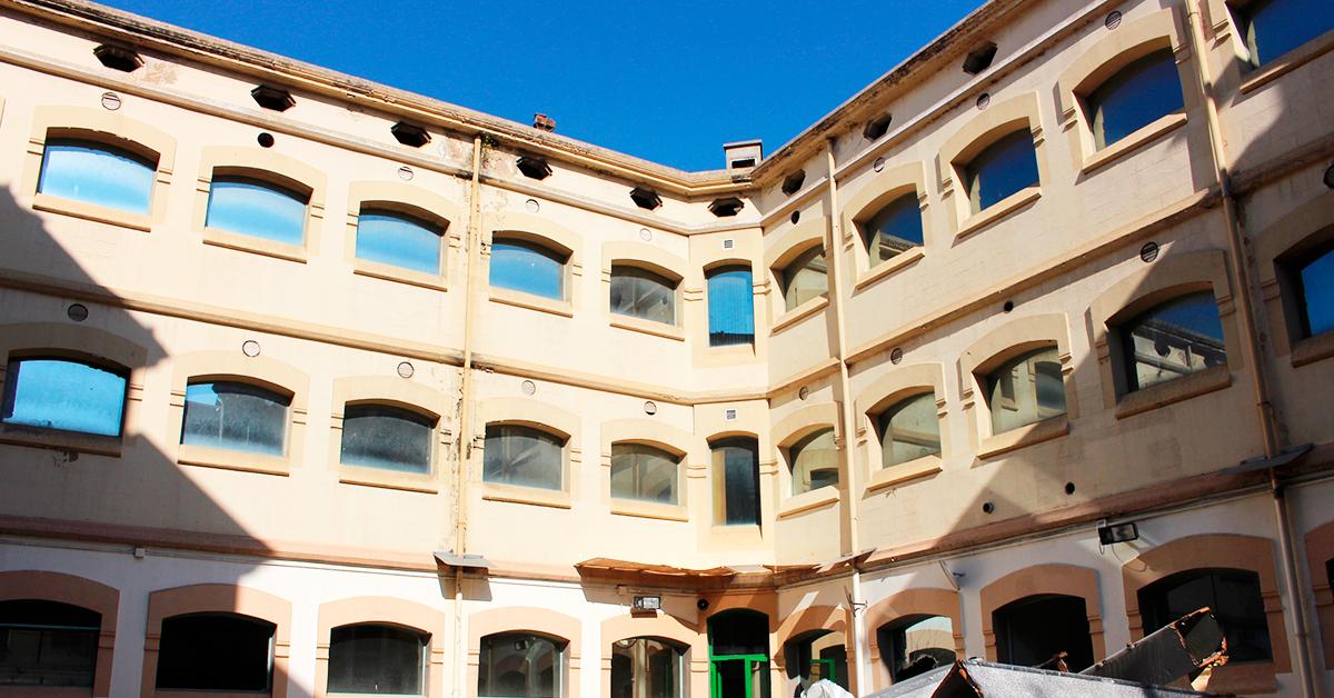 El Derribo De La Antigua Enfermería De La Modelo, En Marcha
